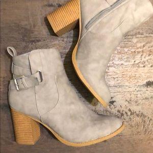 NWB!! Buckled block heel booties